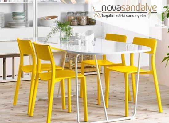 Sandalyede Renk ve Model Seçimi