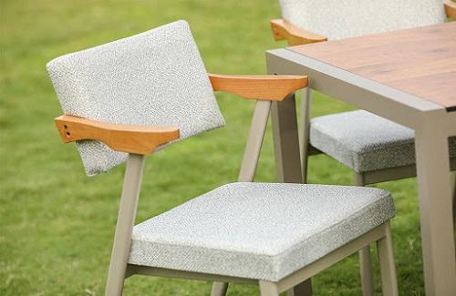 Cafe Sandalye Seçimi Nasıl Olmalıdır?