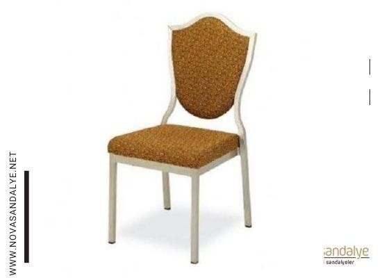 Klasik Sandalye Seçimi Nasıl Olmalıdır?